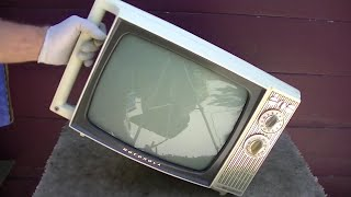 1965 Motorola Portable TV Repair Vintage Black and White Television TS454 Chassis