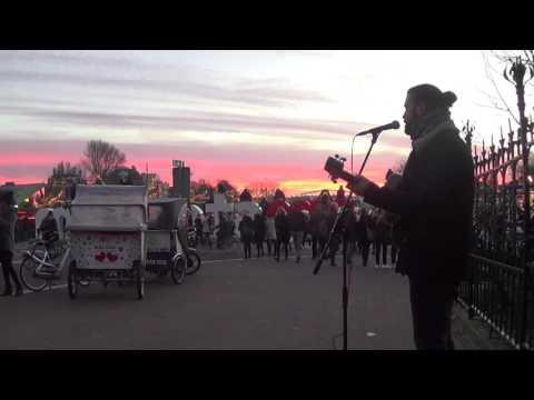 Street Music - Albert Solà - Busking/Performing at The RijksMuseum