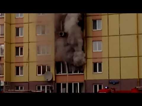 видео: Проезд Солнечный 26, Тюмень, 15.10.2016 г. (Пожар)