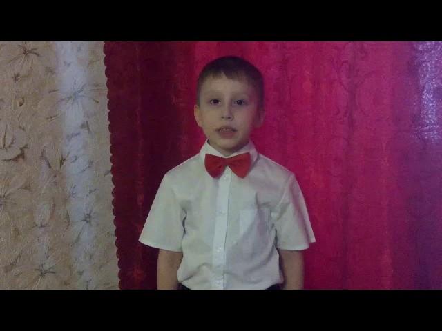 Изображение предпросмотра прочтения – АлексейМедянцев читает произведение «Думай заранее» В.В.Маяковского