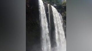 Man knocks out after 200-feet jump from Hawaii waterfall