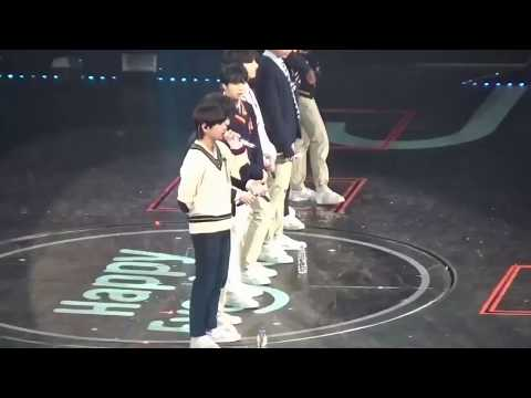 TaeKook Moment - Never Believe what Taehyung and Jungkook did at #HappyEverAfter Fanmeeting