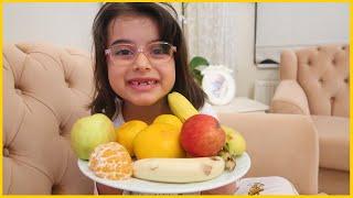 Rüya'nın Akşam Meyve Salatası Yaptık, Vitamin Deposu