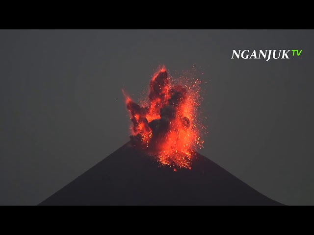5 Gunung Berapi Di Indonesia, Terakhir Letusannya Mengubah Zaman | Versi Nganjuk TV #merapi