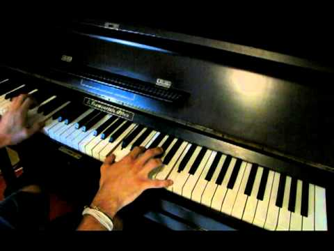 Yann Tiersen - La Valse D'Amelie (Piano) (Antonis Papakonstantinou)
