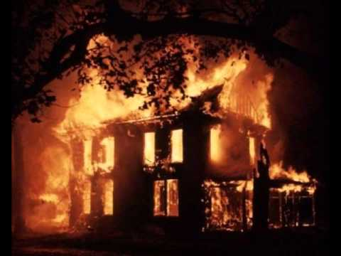 Клип Doves - A House