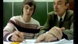 БГТУ Преподаватель по черчению учит студента уму разуму)))