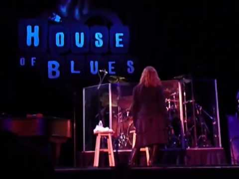 Pat Benatar @ The House Of Blues Orlando 6/28/09 Heartbreaker