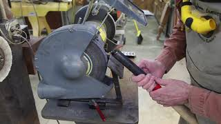 How to Use a Bench Grinder to Sharpen Tools