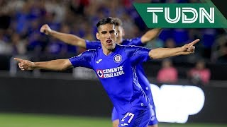 ¡Goool de Cruz Azul! Madueña adelanta a Cruz Azul 1-0 LA Galaxy
