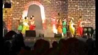 Tamil Folk dance at Kerala Utsavam Muscat.wmv