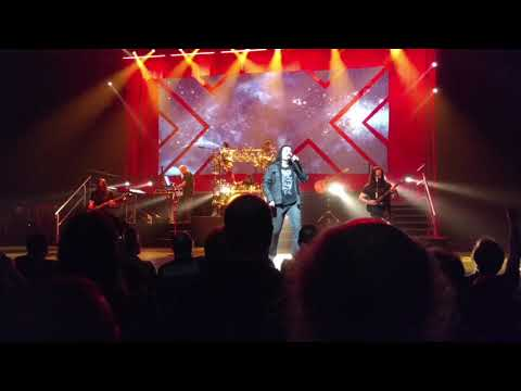 Dream Theater - Overture 1928 / Strange Deja Vu (Live)