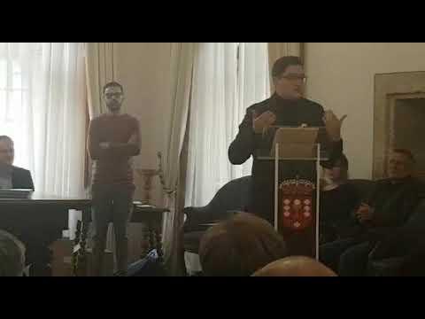 Xián Lois Alcayde recolle en Mondoñedo o premio de poesía Díaz Jácome