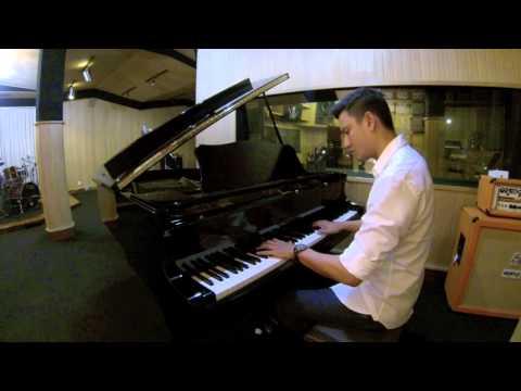 ALADDIN SOUNDTRACK - A WHOLE NEW WORLD PIANO - CHRISTIAN SUGIONO