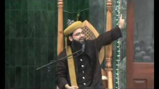 Taj-ul-Ulema Hafiz Syed Noorani Miya Ashrafi-al-Jilani Recites Naat at Lozells Milad 2010.flv