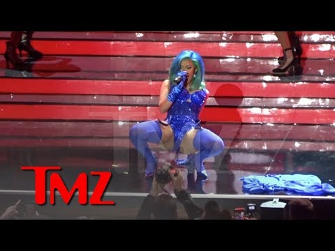 Cardi B Performs at the AVN Awards in Vegas | TMZ Mp3