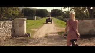 Sei mai stata sulla Luna ? - trailer (ita) -  Liz Solari, Sabrina Impacciatore. Thumbnail