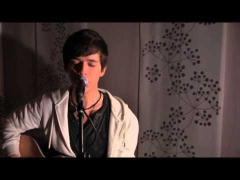 Coldplay - Yellow (Cover by Kevin Staudt)