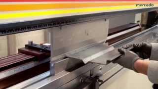 Flexibilidad y cambio rápido de herramienta - Dobladoras de placa Accurpress