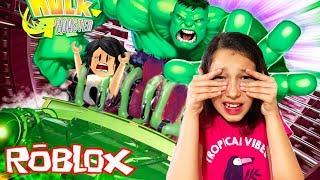VISITING the UNIVERSAL Studios PARK-Roblox (Universal Studios) | Luluca Games