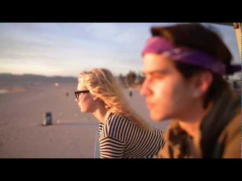 SILENT UNUSUAL VIDEO MUSICAL
