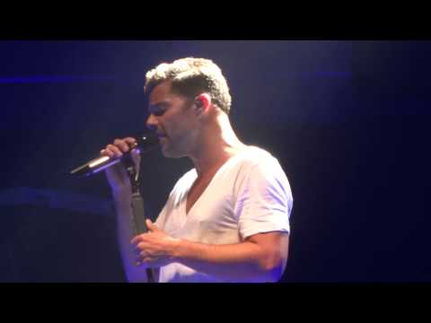 Ricky Martin Vuelve live All Phones Arena Sydney 19/10/13