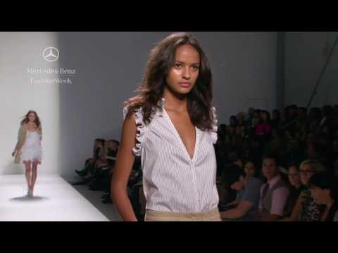 Cynthia Steffe Spring 2010 runway show, Mercedes-Benz Fashion Week
