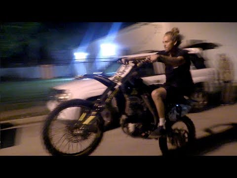 Thumbnail: Riding Dirt Bikes in the Hood!