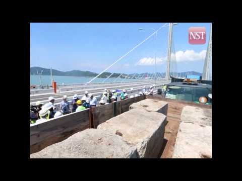 The load test at the second Penang  Bridge