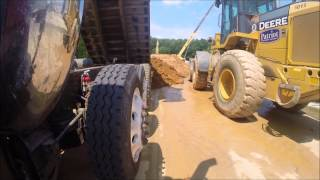 Ford L9000 - Hauling Dirt Out of Tysons Corner