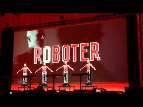 "Kraftwerk - ""Die Roboter"" Live, Dresden Albertinum 03.02.2018"