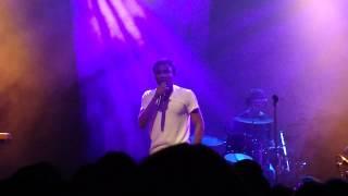 "Childish Gambino Performs ""Do Ya Like"" (Live)"