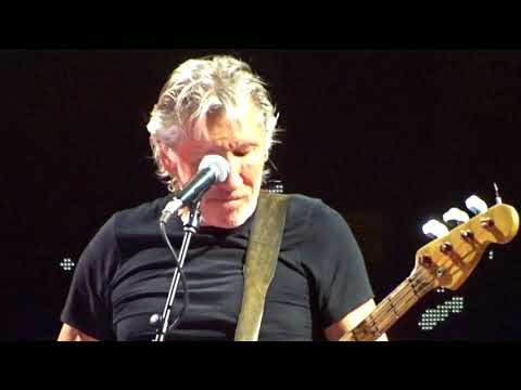 Roger Waters Times Union Albany NY 2017