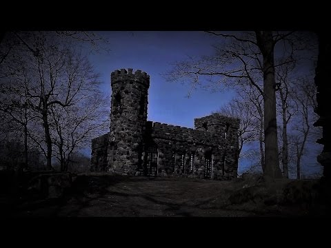 Creepy Circus Music - Castle of Spooks