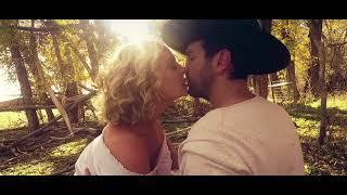 Josh Kelley and Katherine Heigl -