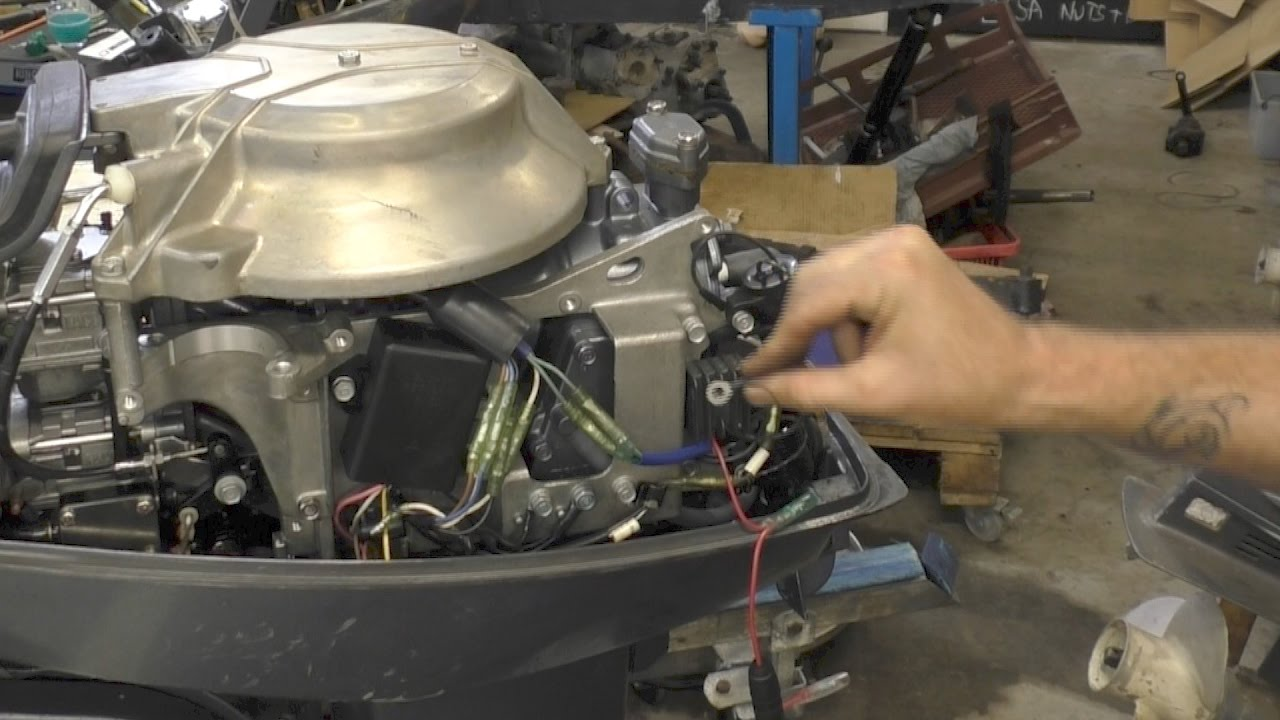Charging a battery from an outboard
