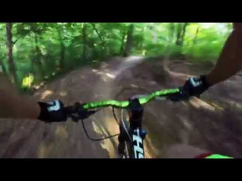 MOUNTAIN BIKING WAVERLY PARK - LOUISVILLE, KY - DOWNHILL (7-6-15)
