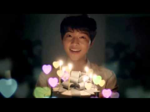 Song Joong Ki singing happy birthday!