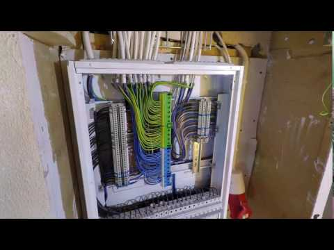 Wiring electric panel - Cool time lapse video