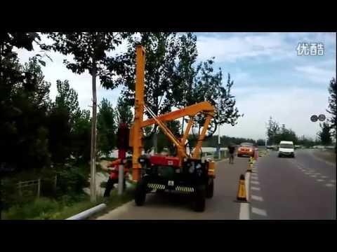 Mini Wheel-type Pile Driving Machine Highway Guardrail Post Installation