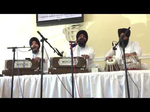 Sabhnaa Vich Tu - Bhai Satvinder Singh/Harvinder Singh Delhi Tabla by Bhai Sucha Singh USA
