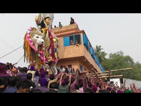 Adi Jagaddhatri unprecedented levitate at chandannagar