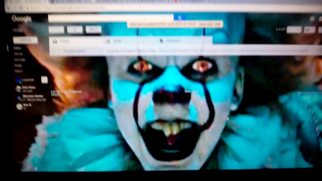 changing my friend s google background to pennywise prank youtube
