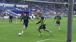 Российская сборная по футболу провела открытую тренировку в преддверии Чемпионата Европы