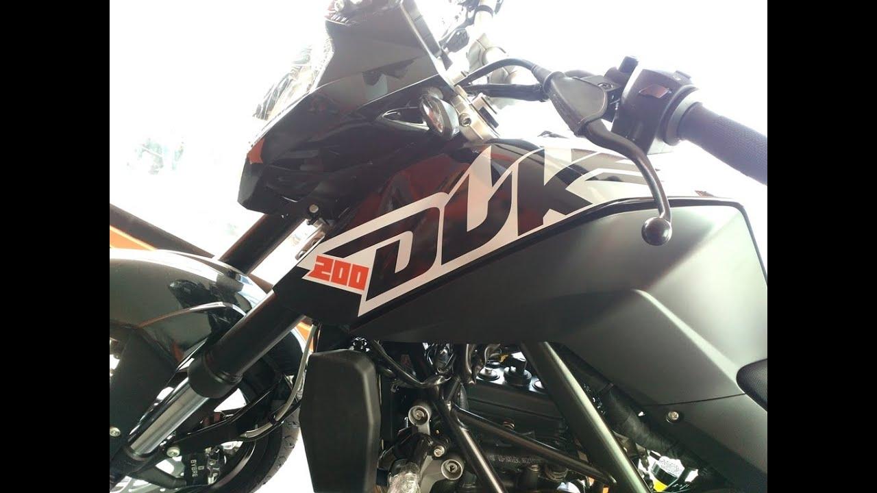 Ktm duke 200 new black colour tone model at showroom india