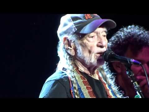 Willie Nelson Outlaw Music Festival Syracuse NY 2017