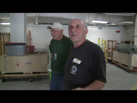 Hilarious NYC Electrician Speaks His Mind