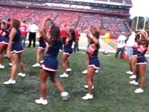 Morgan State University Cheerleaders