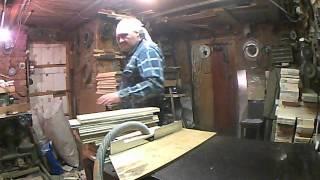 Моя пасека (выборка верхней четверти фрезером)(Верхняя четверть корпуса или магазина должна быть выбрана очень качественно. С нею чаще вступают руки в..., 2013-03-03T11:12:41.000Z)