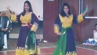 Sheila and Neha Kapoor Afghan Atan Mast Dance at Afghan Hindu Wedding - Maryland - U.S.A.